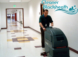 floor-cleaning-with-machine-blackheath